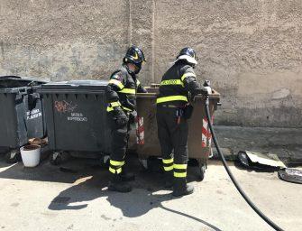 Modena, incendia cassonetti: arrestato