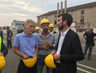 Reggiane, Martina: governo inaffidabile