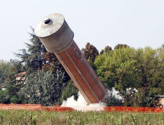 Modena, salta l'acquedotto