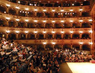 Prosegue con due nuovi corsi l'attività formativa dei teatri di Reggio e Ferrara