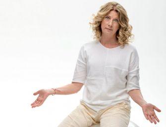 Angela Finocchiaro inaugura la stagione di prosa al Teatro Valli