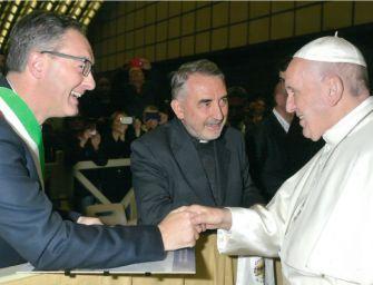 Premio Dossetti. Il sindaco Burani e don Gonzaga da Papa Francesco