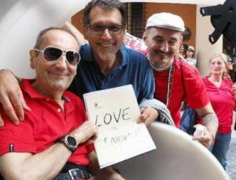 Bologna, il Nettuno d'oro a Franco Grillini