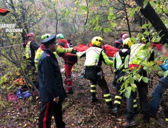 Marzabotto, ritrovato in gravi condizioni nei boschi il 70enne scomparso da casa giovedì
