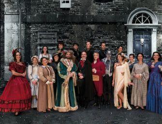 """Al teatro Valli di Reggio il musical """"A Christmas Carol"""" con Roberto Ciufoli"""