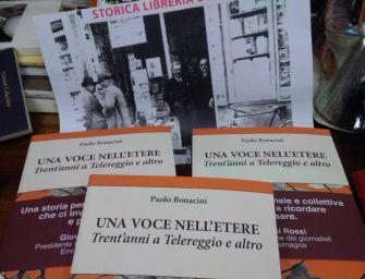 'Una voce nell'etere. Trent'anni a Telereggio e altro', un libro di Paolo Bonacini