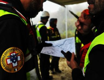 Due interventi del Soccorso Alpino per escursionisti in difficoltà sull'Appennino Reggiano: tutti salvi