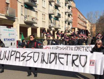Corteo di Forza Nuova a Bologna dopo l'esplosione di un ordigno davanti alla sede di Borgo Panigale