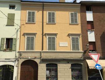 24emilia video. Centro storico di Reggio, i palazzi recuperati