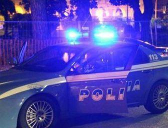 Reggio. Tenta rapina, investe e ferisce pedoni