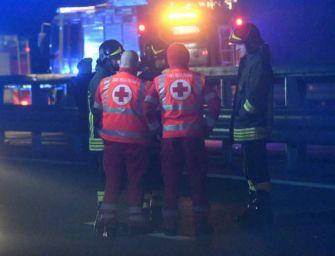 Auto contromano sulla statale, 6 morti carbonizzati