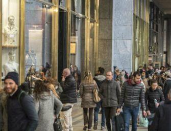 Verso intesa Lega-5s: negozi aperti più di una domenica al mese