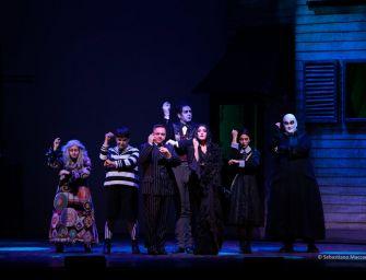 La famiglia Addams sul palcoscenico del Valli