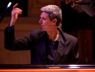 """La """"Barcarola"""" di Chopin per l'ultima lezione-concerto di Ferrari al teatro Cavallerizza di Reggio"""