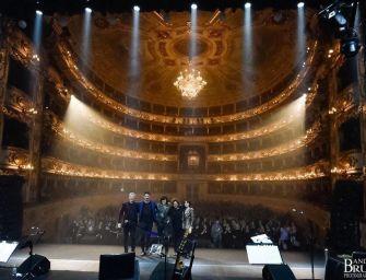 Grande successo e tutto esaurito per Ermal Meta al teatro Valli di Reggio