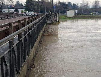 Maltempo. A Modena chiusi i ponti sulla Secchia