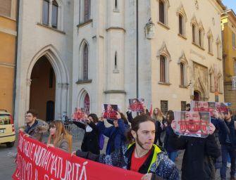 Reggio. Studenti di sinistra in piazza contro il governo