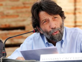 Finalmente Domenica alla Cavallerizza accoglie Massimo Cacciari