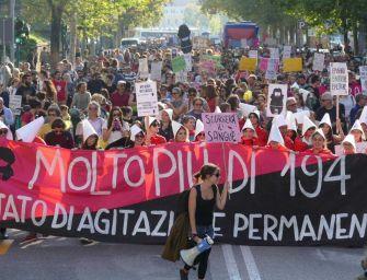 In 20mila sfilano a Verona per 'laicità e diritti'