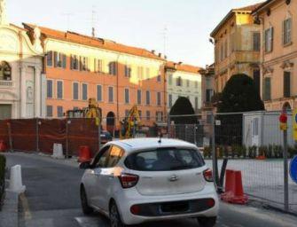 Reggio. Viabilità, piazza Roversi riapre al traffico