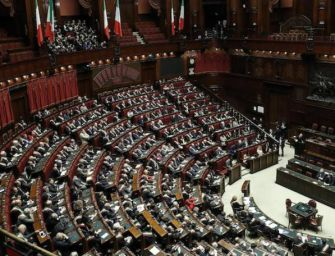 Taglio dei parlamentari, la Camera ha detto sì