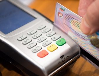 Reggio. Richiedente asilo ha 13 carte di credito