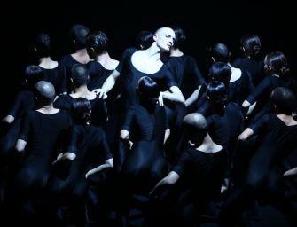 Al Valli la grande danza in prima europea Batsheva – The Young Ensemble