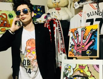 Daniel Bund e le t-shirt dei mostri sacri del rock