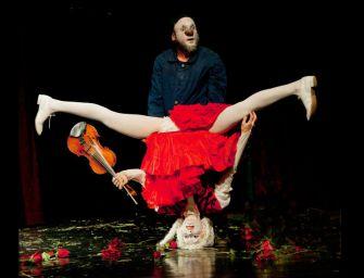 """Sul palco del Valli """"Concerto per due clown"""" con """"I re vagabondi"""""""