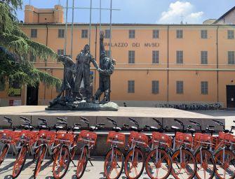 Mobike: altre 100 bici, ma con nuove tariffe