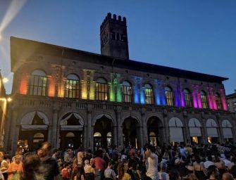 Bologna Pride, una festa che la pioggia non può rovinare [Fotogallery]