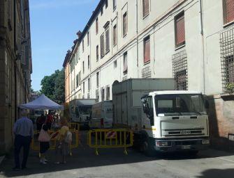 """Cinema. In centro storico a Reggio si gira """"La Guerra è finita"""", chiusa via Jodi"""