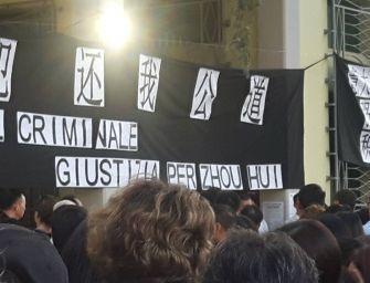 """In 500 alla veglia per Hui Zhou: """"Giustizia"""""""