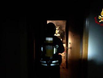 Incendio in un appartamento a Sala Bolognese, evacuato un condominio di cinque piani