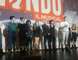 La prima di 'Balliamo sul Mondo', ispirato alle canzoni di Ligabue