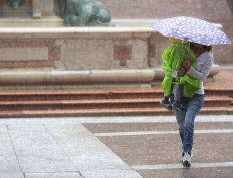 Maltempo, strade allagate nel Bolognese dopo il temporale