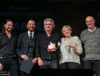 A Ligabue il Premio Bertoli