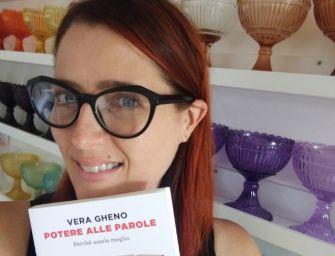 """Reggio, per """"Finalmente domenica"""" al teatro Valli """"Potere alle parole"""" con Vera Gheno"""
