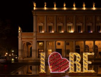 Capodanno al Valli con il musical e all'Ariosto con la commedia