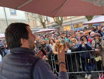 Salvini: vinta l'Emilia, li mandiamo a casa anche da Roma