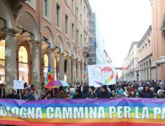 Serpentone per la Marcia della Pace