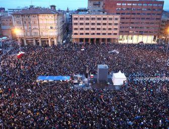 Sardine a Bologna: siamo in 40mila