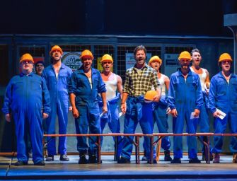 "Al teatro Valli di Reggio riecco ""The Full Monty"", tra striptease e musica travolgente"