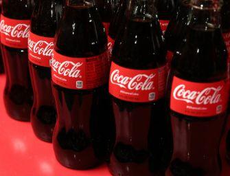Coca-Cola: forse filamenti vetro in lotti
