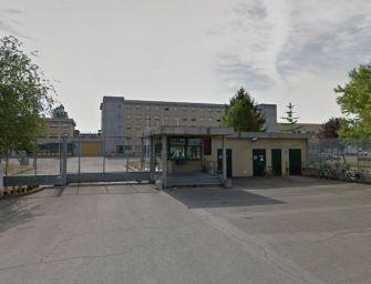 """Focolaio Covid in carcere a Reggio. Cgil, Cisl e Uil: """"Misure tempestive e straordinarie per evitare il peggio"""""""