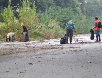 Giornata verde a Reggio: pulizia del Crostolo, ginnastica e passeggiata tra flora e fauna