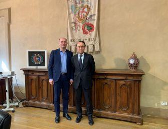 Reggio. Il sindaco Vecchi ha incontrato in Municipio il questore Ferrari