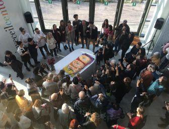 Reggio. Per ricordare Malaguzzi una torta con 100 candeline