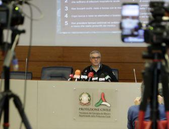 Strage Coronavirus: 793 morti in 24 ore in Italia, sono 4.825