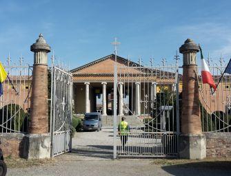 Cimiteri di Modena, sepolture anche la domenica e nei festivi